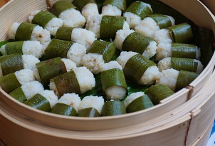 Lemper: Indonesian sticky rice rolls