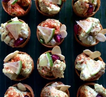 Coronation chicken crustades
