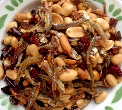 ikan billis, peanuts & chillis